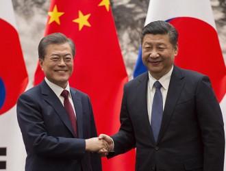 习近平会见韩国总统文在寅 指出中韩应深化战略合作伙伴关系
